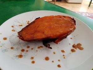 20181106 gebackene Süßkartoffel mit Glasur aus brauner Butter und Soja 2
